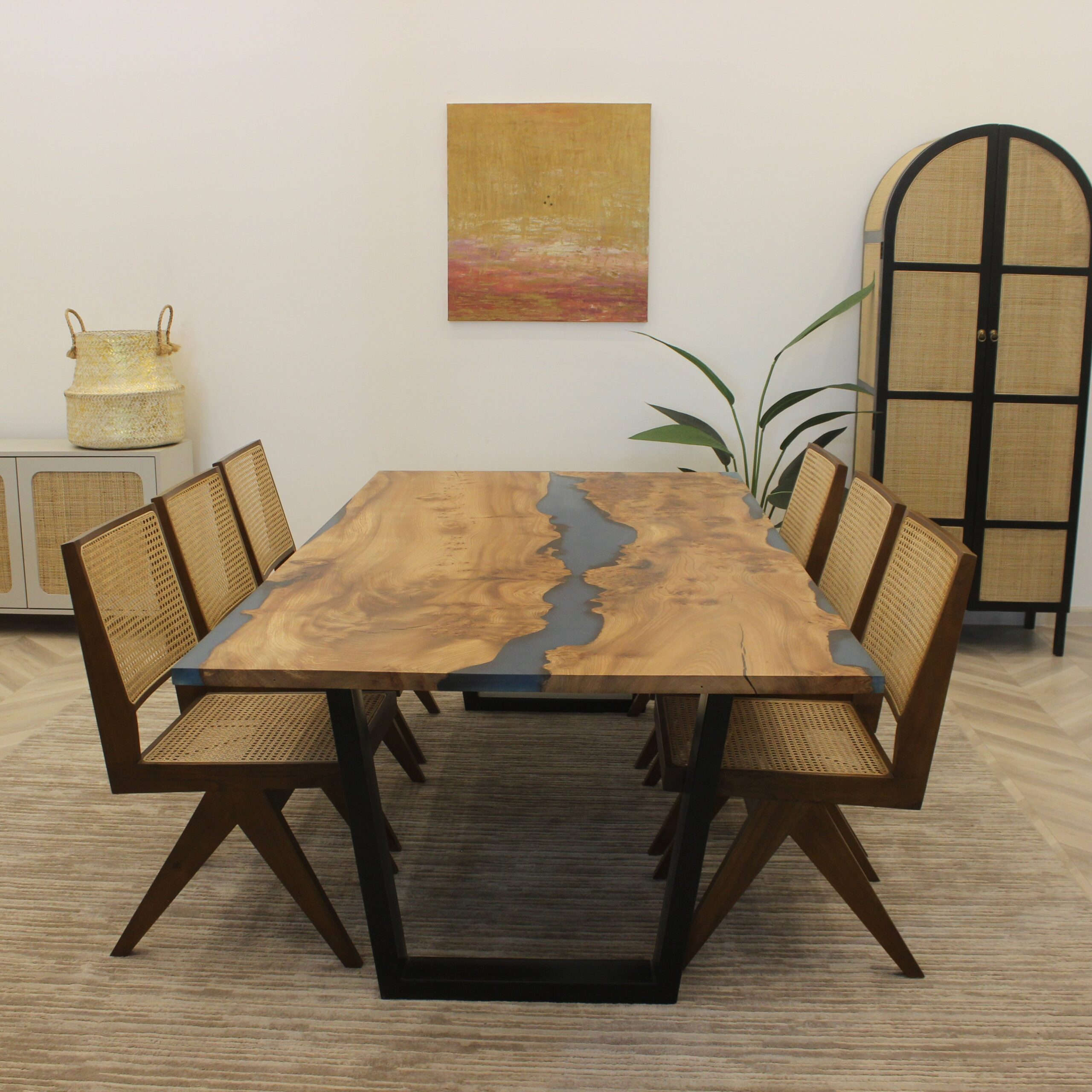DT-34 Dining Table