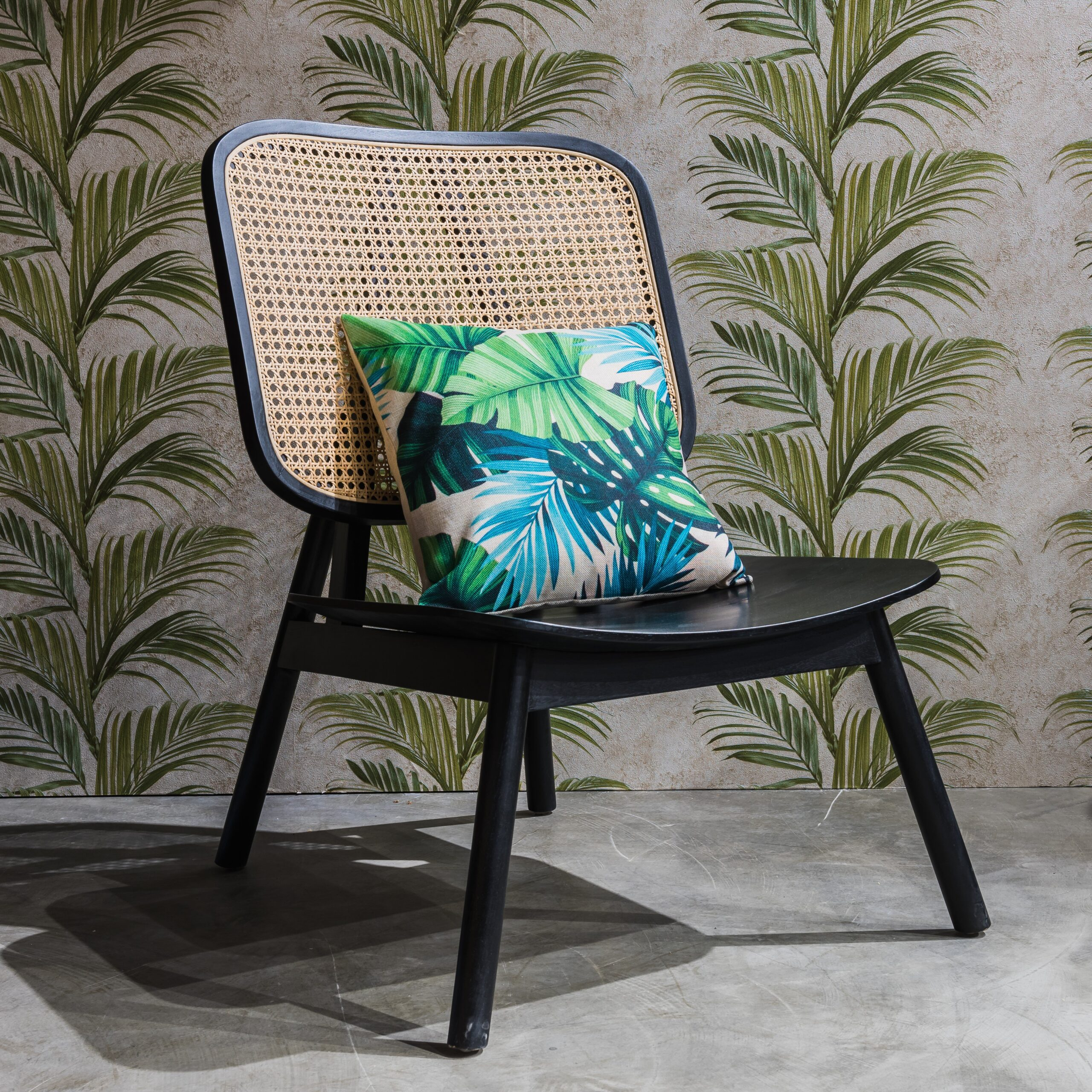 https://woodgreen.ae/wp-content/uploads/2021/10/francesca-lounge-chair-1-scaled-2.jpg